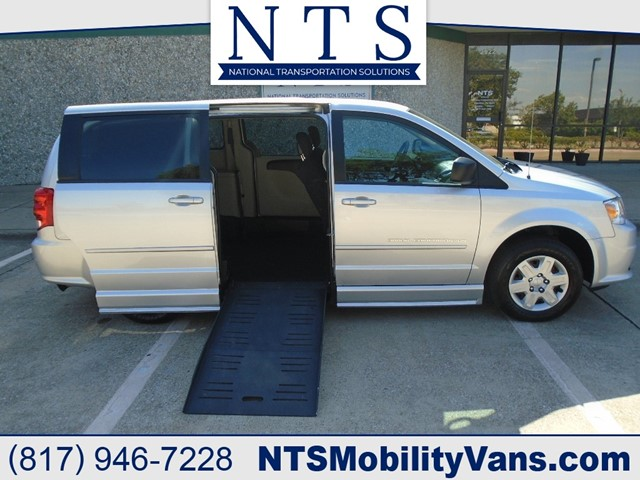 DODGE GRAND CARAVAN SE in Irving