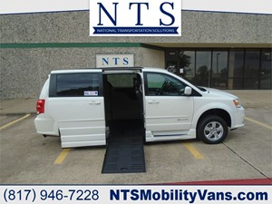 Picture of a 2012 DODGE GRAND CARAVAN SXT