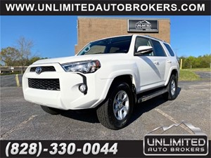 Picture of a 2016 TOYOTA 4RUNNER SR5