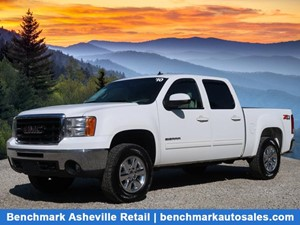 2010 GMC Sierra 1500 SLT Pickup 4D 5 3/4 ft