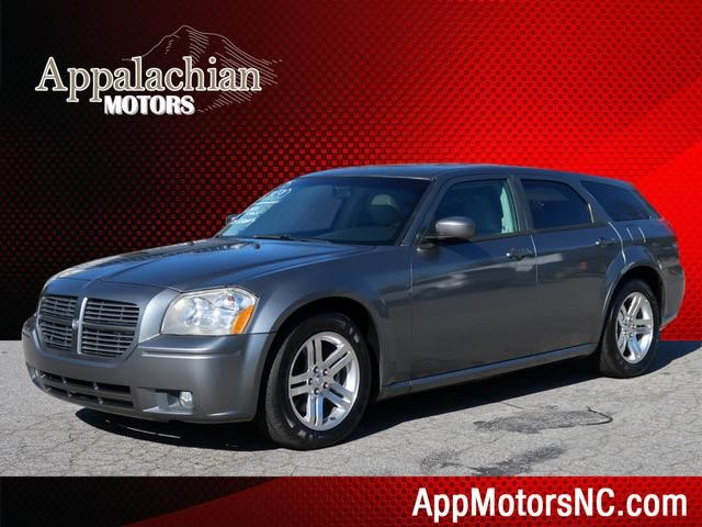 Dodge Magnum RT in Asheville