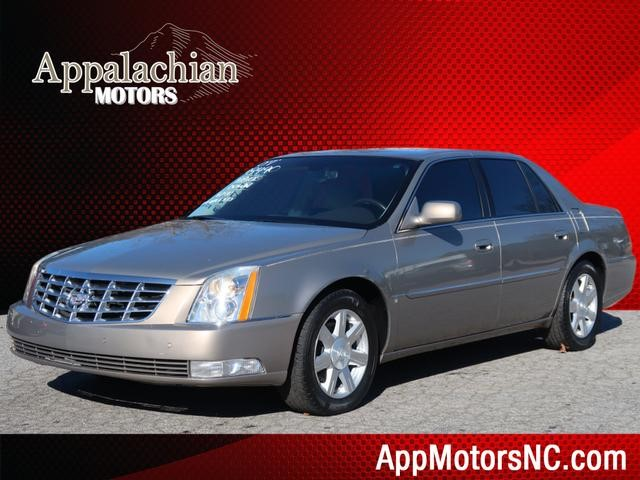 Cadillac DTS Base in Asheville
