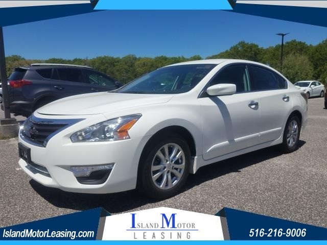 Nissan Altima 2.5 S in Port Jefferson