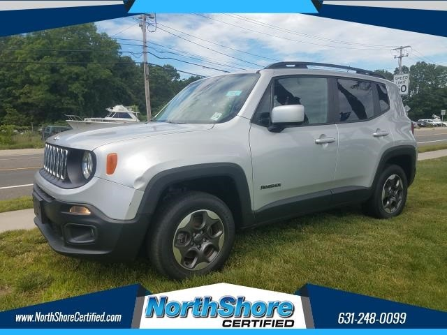 Jeep Renegade Latitude in Port Jefferson