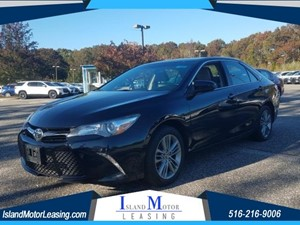 Picture of a 2015 Toyota Camry SE