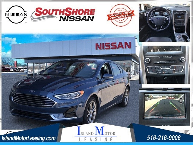 Ford Fusion SEL in Hicksville