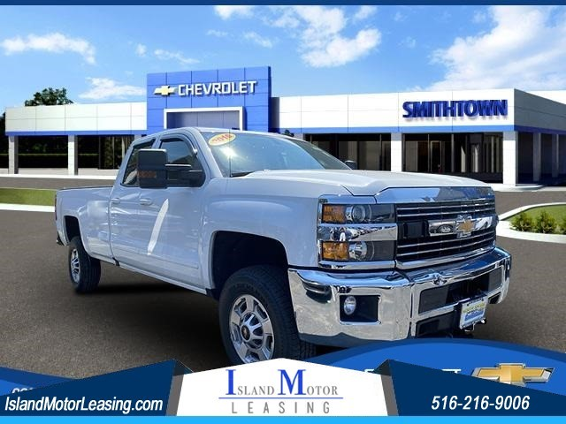 Chevrolet Silverado 2500HD LT in Hicksville