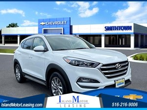 Picture of a 2017 Hyundai Tucson SE Plus