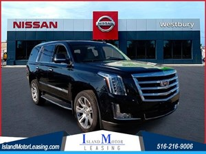 Picture of a 2017 Cadillac Escalade Luxury
