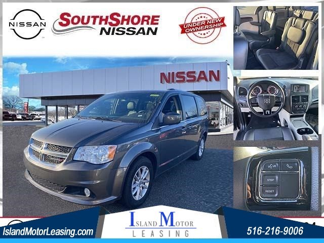 Dodge Grand Caravan SXT in Hicksville
