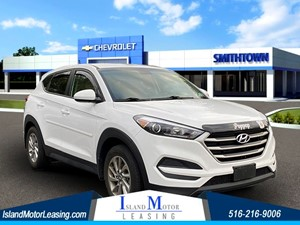 Picture of a 2018 Hyundai Tucson SE