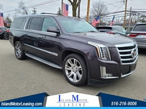 Picture of a 2015 Cadillac Escalade ESV Luxury