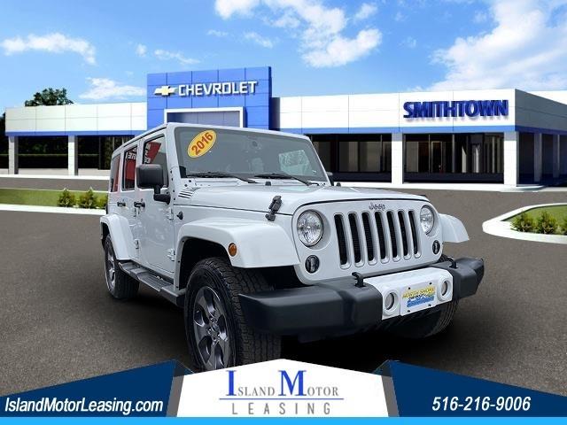 Jeep Wrangler Unlimited Sahara in Hicksville