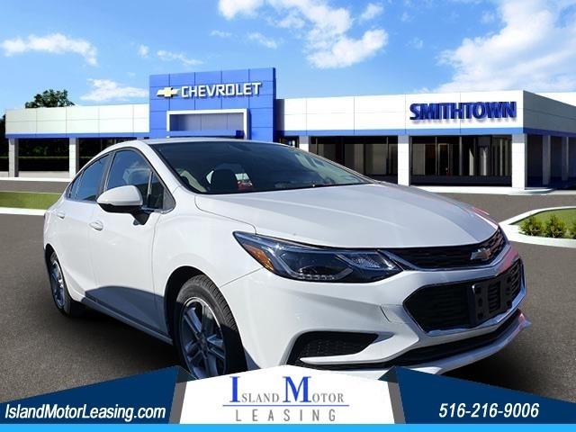Chevrolet Cruze LT in Hicksville