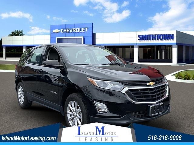 Chevrolet Equinox LS in Hicksville