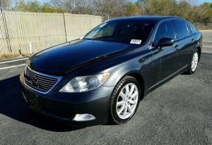 Picture of a 2009 LEXUS LS 460