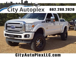 Picture of a 2015 Ford F-250 Super Duty Platinum