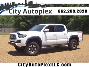 2017 Toyota Tacoma TRD Off-Road for sale by dealer
