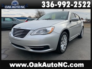 Picture of a 2012 CHRYSLER 200 LX NO ACCIDENTS 2 OWNERS SO OWNED