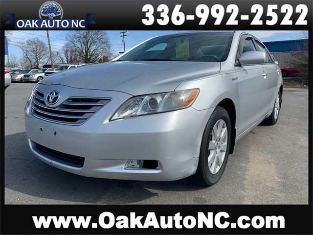 TOYOTA CAMRY SE 19 SVC RECORDS SO OWNED in Kernersville
