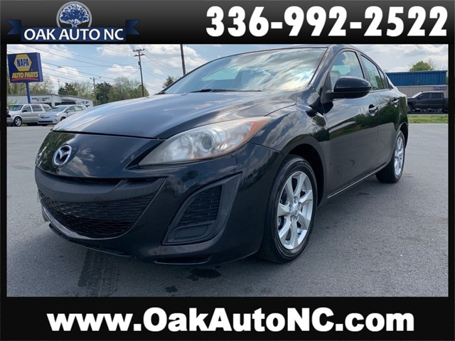 MAZDA 3 I 3 OWNERS 16 SERVICE RECORDS in Kernersville