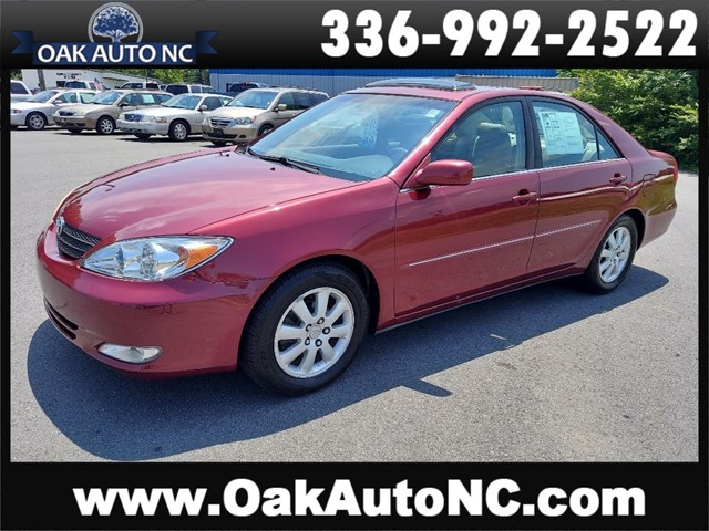 TOYOTA CAMRY LE 1 TN OWNER 26 SVC RECORDS!! in Kernersville