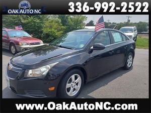 Picture of a 2011 CHEVROLET CRUZE LT W/1FL GREAT COMMUTER OR 1ST CAR