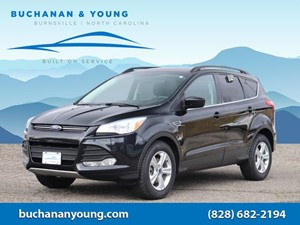 Picture of a 2015 Ford Escape SE