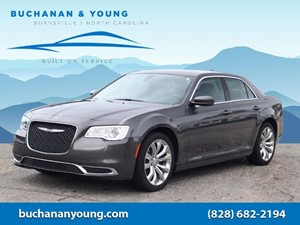 Picture of a 2016 Chrysler 300 Limited