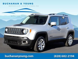 Picture of a 2017 Jeep Renegade Latitude