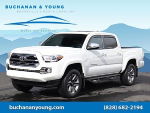 Picture of a 2017 Toyota Tacoma Limited
