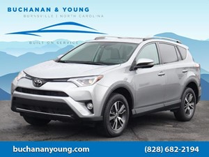Picture of a 2018 Toyota RAV4 XLE