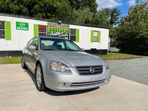 Picture of a 2002 NISSAN ALTIMA SE