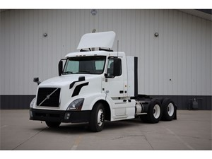 Picture of a 2013 Volvo VNL