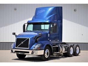 Picture of a 2013 Volvo VNL64T300
