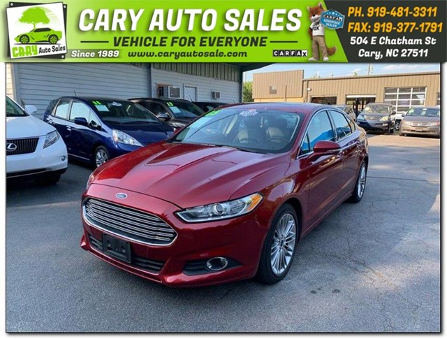 FORD FUSION SE in Cary