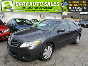 Picture of a 2010 TOYOTA CAMRY LE