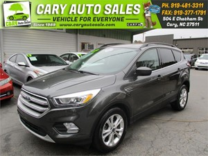 Picture of a 2017 FORD ESCAPE SE