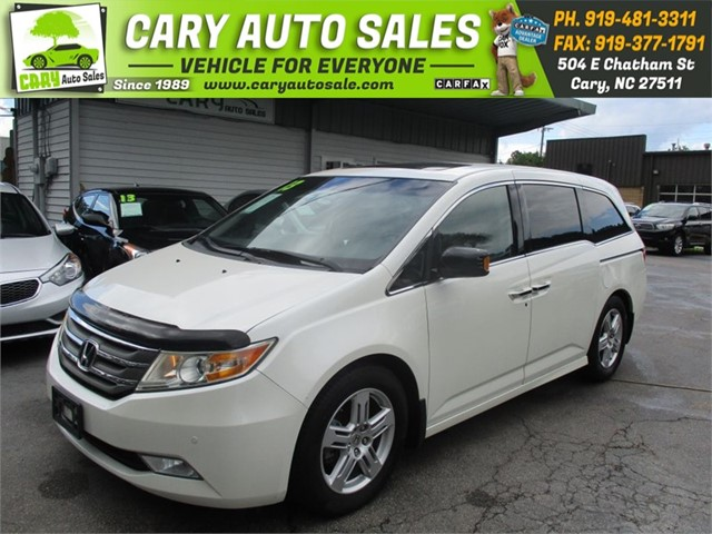 HONDA ODYSSEY TOURING 8 PASSENGERS in Cary