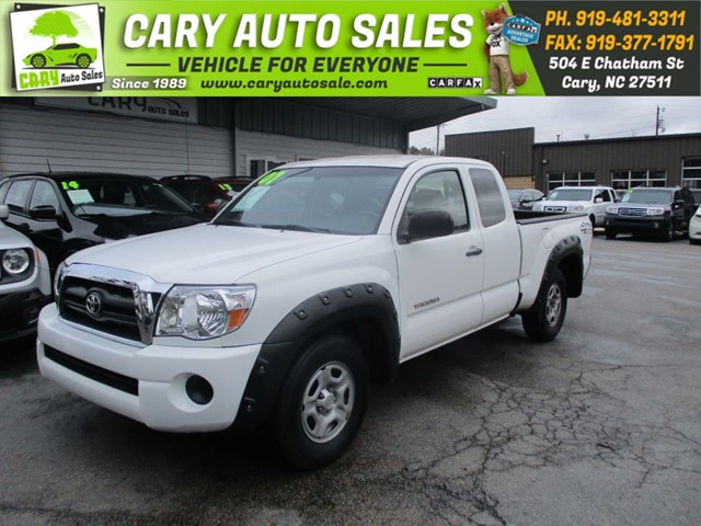 TOYOTA TACOMA ACCESS CAB in Cary