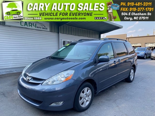 TOYOTA SIENNA XLE in Cary