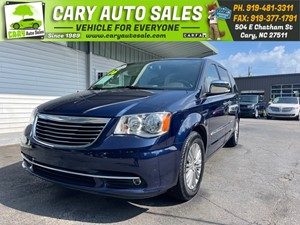 Picture of a 2016 CHRYSLER TOWN & COUNTRY TOURING L