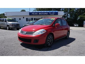 Picture of a 2007 Nissan Versa 1.8 S