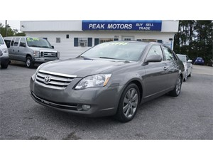 Picture of a 2005 Toyota Avalon XL