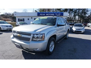 Picture of a 2010 Chevrolet Avalanche Z71 4WD