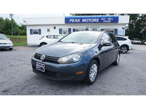 Picture of a 2013 Volkswagen Golf 2.5L Convenience Sunroof