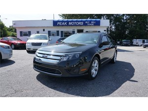 Picture of a 2012 Ford Fusion SE