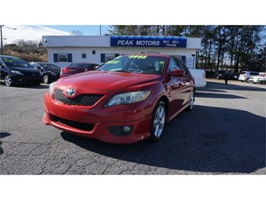 Picture of a 2011 Toyota Camry SE