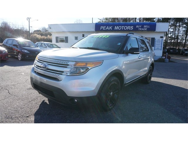 Ford Explorer XLT  in Hickory