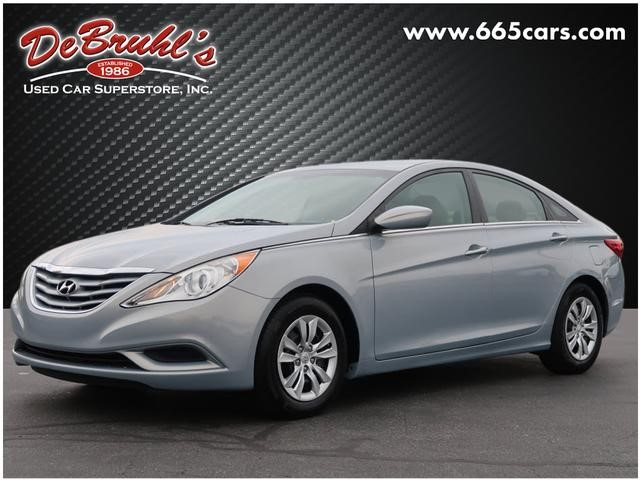 Picture of a used 2012 Hyundai Sonata GLS